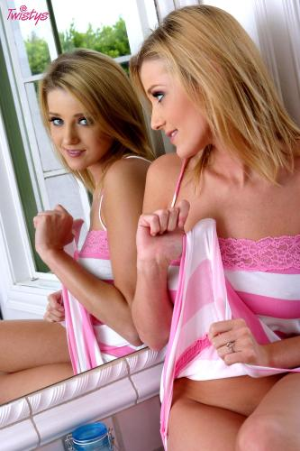 07-13 - Carli Banks - Pink And White Such A Delight