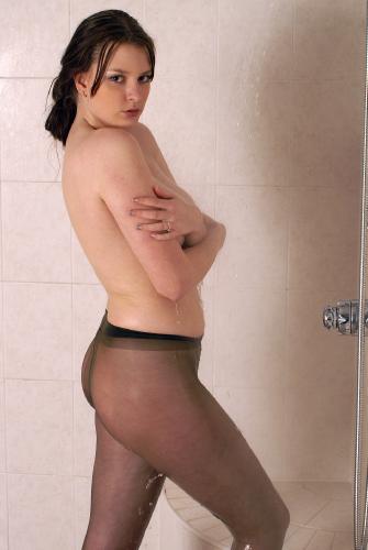 0885-Claire-Wet LegTexture