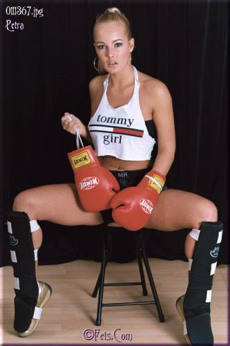 0560-Petra-Boxing Girl