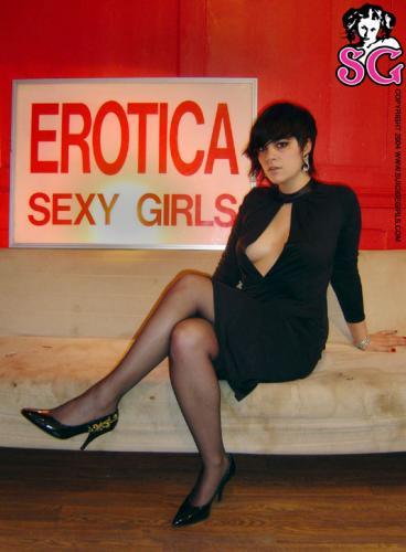 07-12 - Brit - Erotica