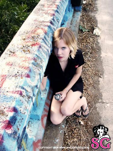 11-22 - Absinthe - Under A Bridge