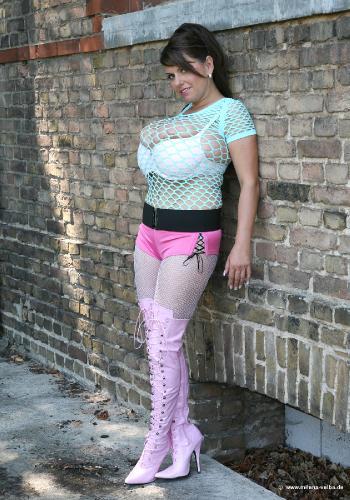 Street Girl (2007 july)