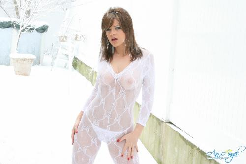 Set 0581 - Bodystocking In Snow