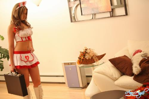 Set 0651 - Stripping Nurse
