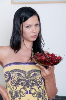 Bianka_FruitBowl_superhr