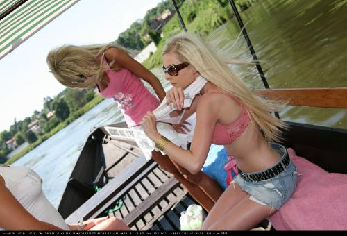 River Boat Rear View Fun