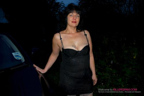 Sexy Vamp_On a Dogging Mission