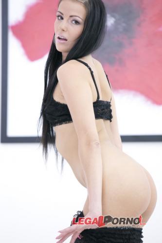 Timea Samantha Joons