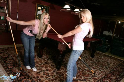 Set 0431 - Playing Pool With Faith
