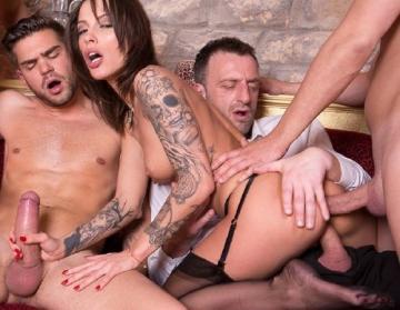 Nikita Bellucci - Hardcore sex party with 4 men for Nikita Bellucci (2016) UltraHD 2160p