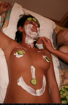 Jacuzzi Cucumber Mask 2
